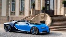 Bugatti Chiron front left view