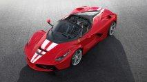 Ferrari LaFerrari Aperta front side view red