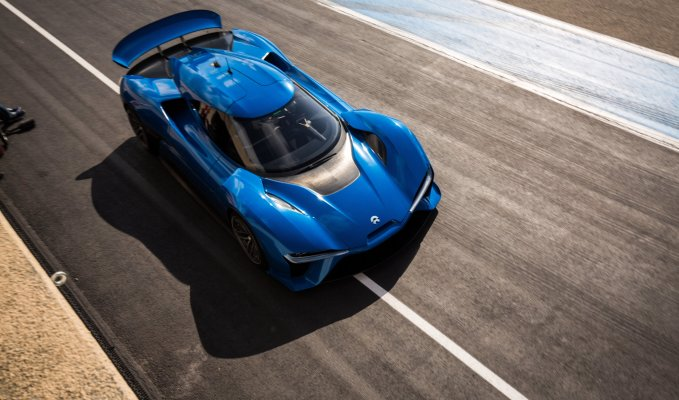 NIO EP9 electric hypercar racetrack