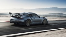 Porsche_911_GT2_RS_rear_side_view